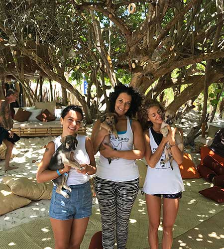 yoga-gives-back-tulum-pesos-for-paws-event